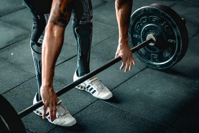 ¿Entrenar pesado engorda?